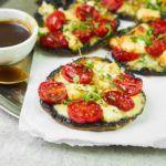Zapiekane pieczarki portobello z gorgonzolą i pomidorkami