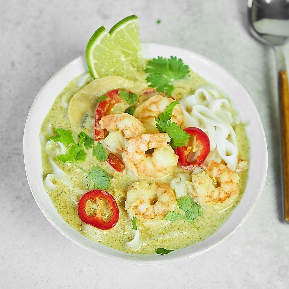 Pikantna zupa tajska z krewetkami i mlekiem kokosowym
