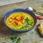 Wegetariańska zupa z soczewicą i batatem