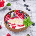 Quinoa na mleku kokosowym z malinami