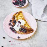 Omlet z jagodami w wersji fit