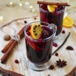 Grzane wino z żurawiną, rozgrzewające i aromatyczne