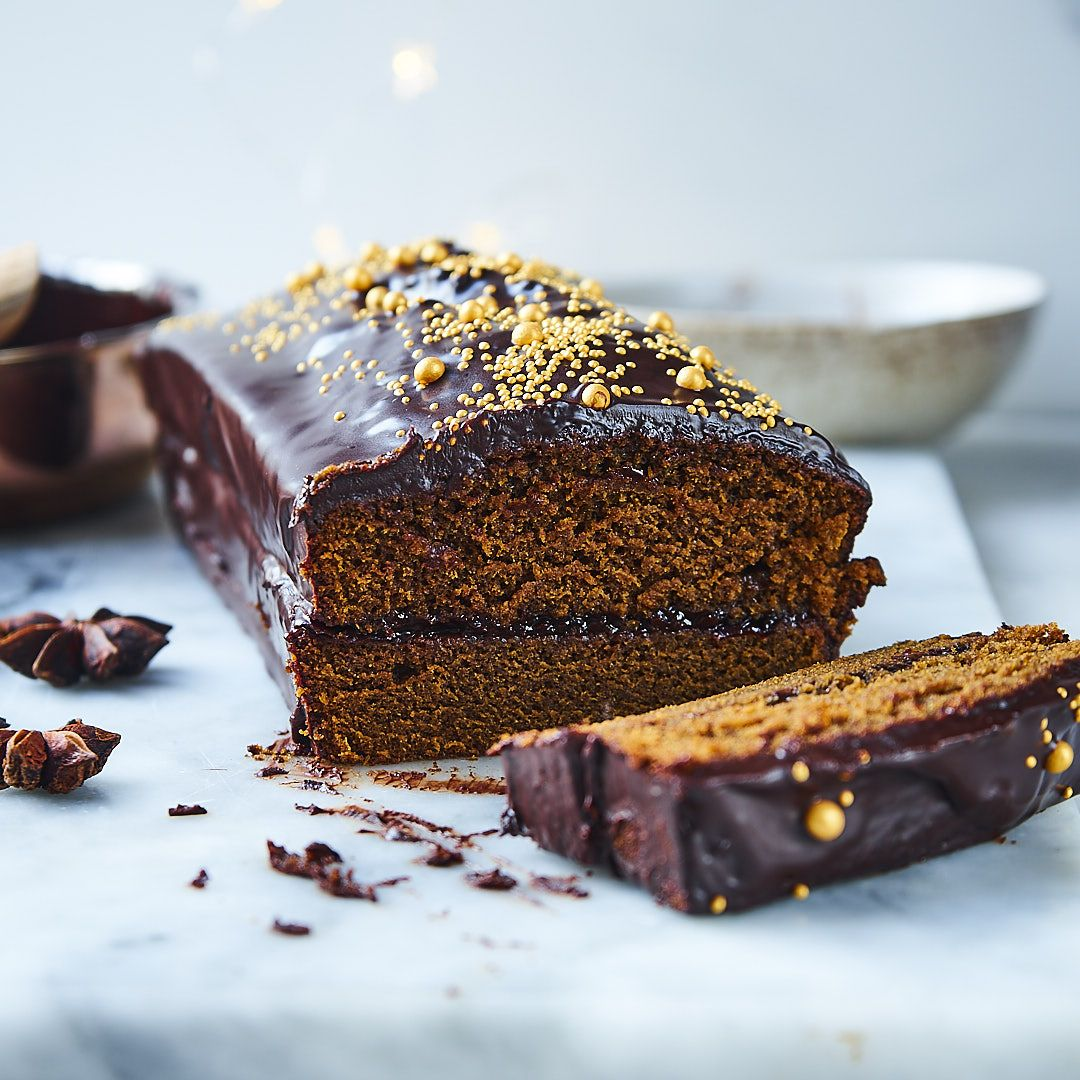 Piernik z powidłami śliwkowymi i czekoladą. Najlepszy przepis, idealnie wilgotny
