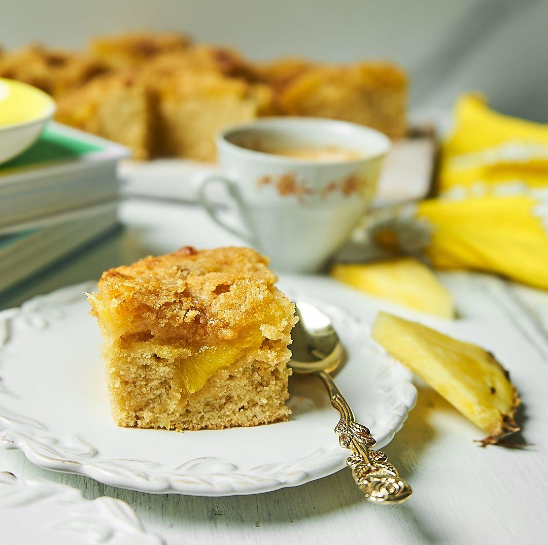 Ciasto ananasowe z chrupiącą skorupką